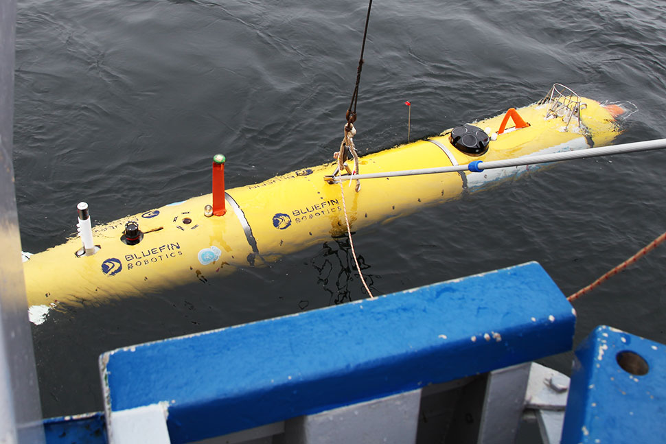 "The AUV ""PAUL"" is deployed from research vessel Nereus"