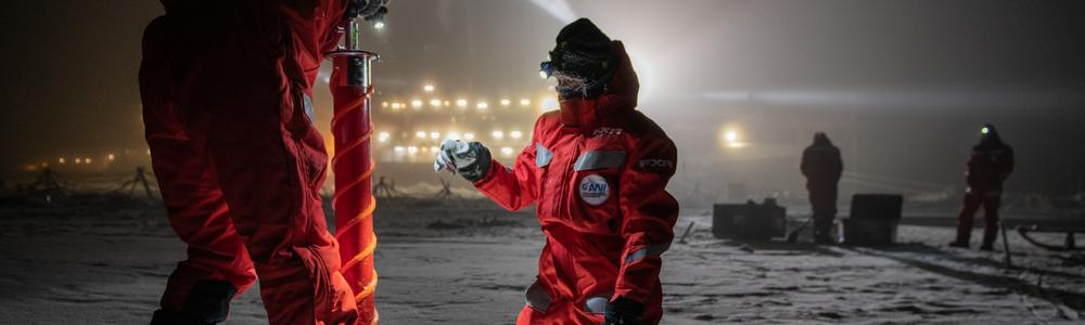 Patric Simoes Pereira and Adela Dumitrascu take their first ice core in mid December 2019